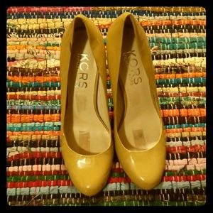 Michael Kors 3 inch pumps